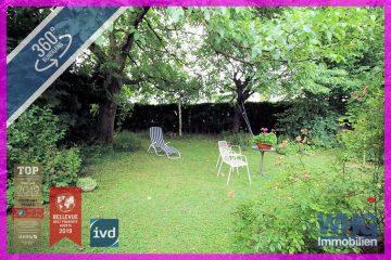 Großzügiges Einfamilienhaus mit schönem Garten und 2 Garagen, 71691 Freiberg, Einfamilienhaus