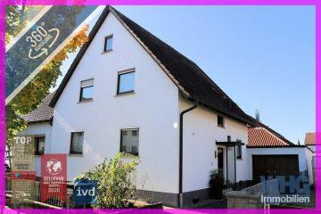 Verkauft : Ein- bis Zweifamilienhaus mit viel Potential, 74385 Pleidelsheim, Zweifamilienhaus